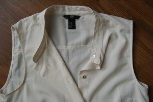 trendige Bluse für den Sommer