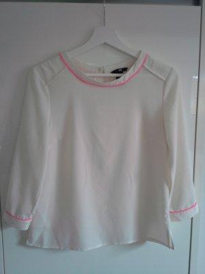 Trendige, leichte Bluse