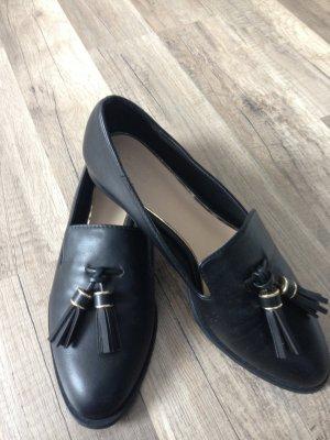Trendige Loafer von Zara