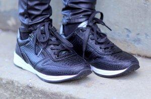 Trendige Sneaker aus echtem Leder schwarz von Jenny by Ara Gr. 37 Neu