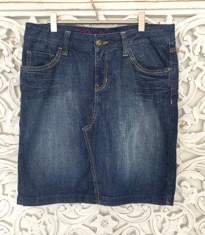 trendiger Jeans Rock von ESPRIT mit schöner Waschung * GR. 36 S (27)
