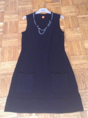 Trendiges schwarzes Strickkleid von Boss Orange