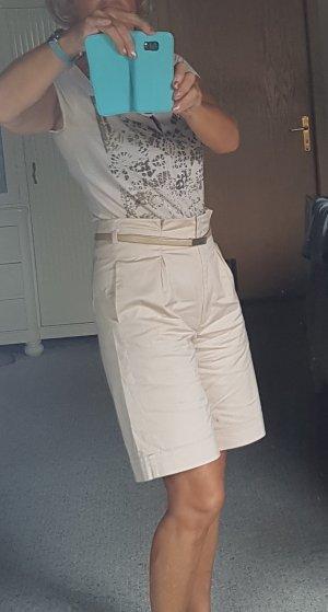 Trendire Paperbag-Shorts von UNQ neuwertig