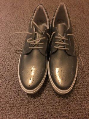 Trends Schuh mit Plateau Sohle