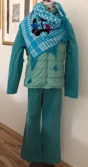 Suit turquoise-light blue