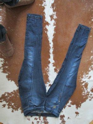 Trendy Jeans im Reiterhosen-Look