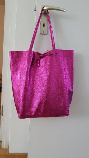 Trendy Ledertasche aus Italien in pink metallic
