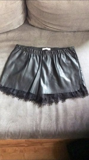 Trendy Shorts im Lederlook mit Spitze