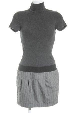 TRF Kurzarmkleid taupe-grau Casual-Look