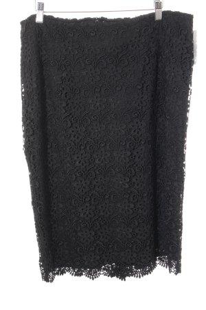 Triangle Lace Skirt black flower pattern elegant