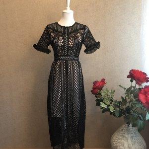 True Decadence Lace Dress black-cream