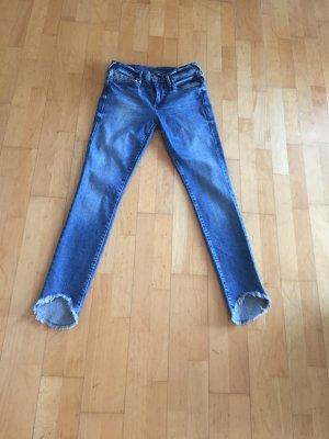 True Religion HALLE 7/8 Jeans Gr. 26 neuwertig