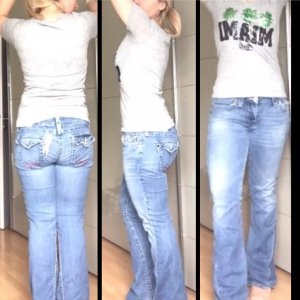 True Religion Jeans Flare 30