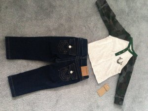 True Religion Jeans/Langarmshirt 12 M. Gr. 80 Jungs neu
