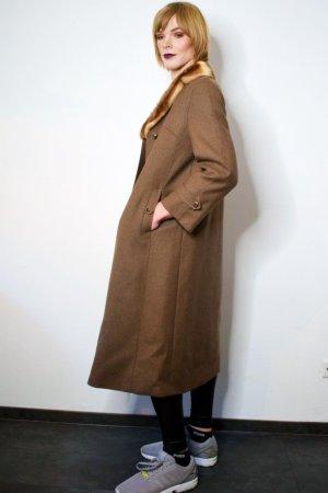 True Vintage Mantel aus Wolle mit Pelz