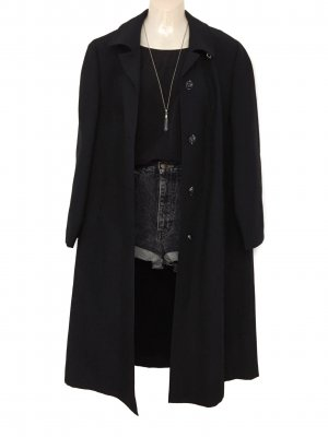 True Vintage Oversize Trenchcoat Mantel Schwarz Basic Clean Minimal Chic Blogger Coat
