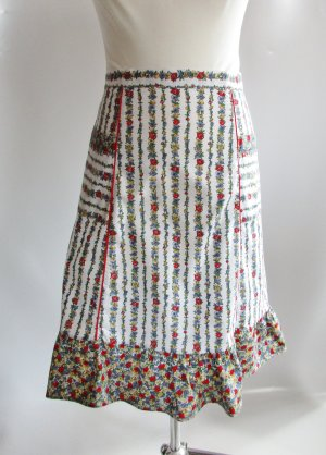 True Vintage Schürze Millefleur Blumen Muster Streifen Rüschen Onesize Retro Mohn Enzian Baumwolle Trachten Dirndl