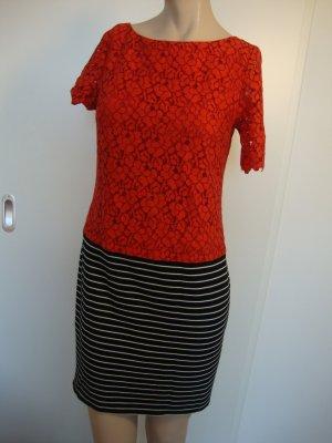 Trussardi Kleid Gr. 34 rote Spitze wenig getragen WIE NEU!!!