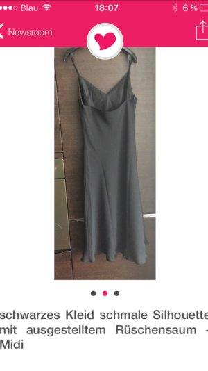 TRUSSARDI schwarzes Kleid... Schmale Silhouette SALE VON €79,00 für €65,00