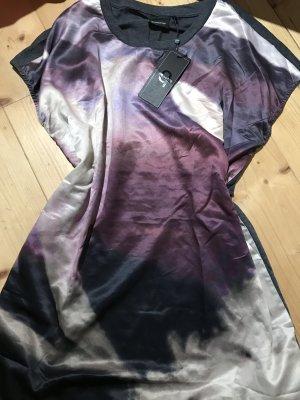 Tshirt Kleid von B. Young