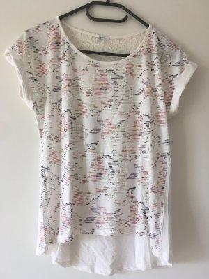 Tshirt mit Blumen und Spitze