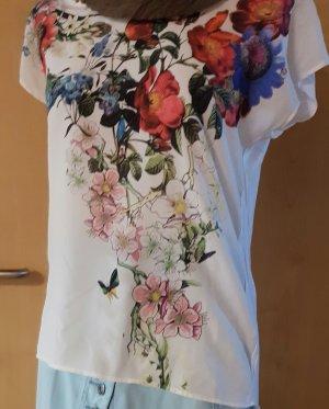 Tshirt mit Blumenmuster
