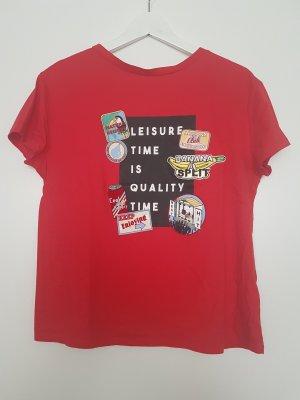 Tshirt mit Print und Patch von ZARA