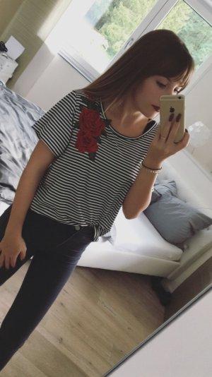 T-shirt rayé noir-rouge foncé