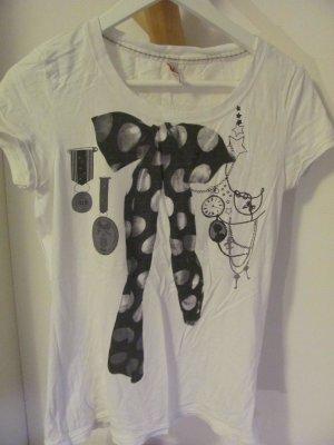 Tshirt mit Schleifenaufdruck