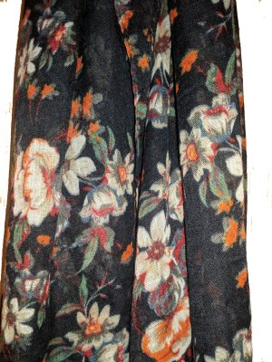 Tuch Blumen Muster Frühling Vintage Style