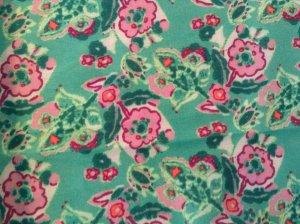 Tuch H&M, florales Muster intensiv, Grundfarbe Hellgrün