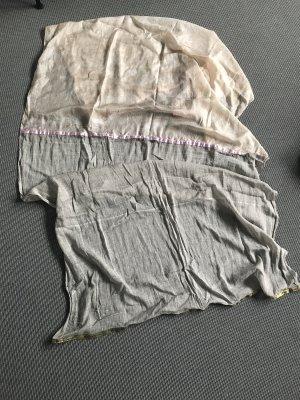 Plomo o plata Châle au tricot beige-rosé