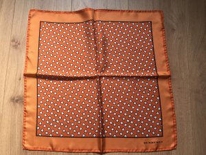 Burberry Foulard en soie orange