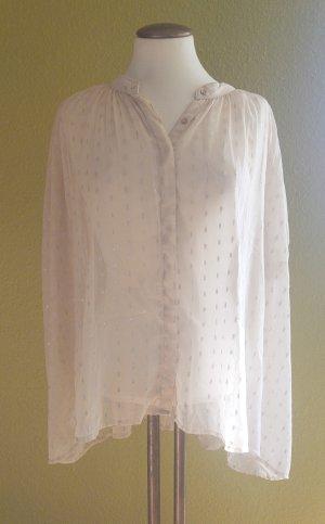 Tüll-Bluse von Mango mit Fledermausärmeln und silbernen Highlights