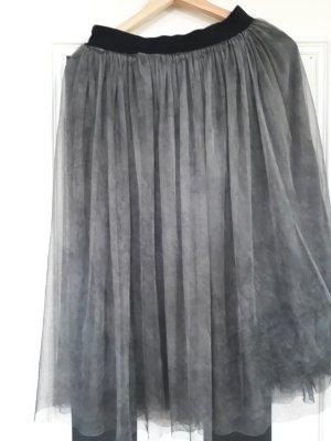 Falda de tul color plata-gris