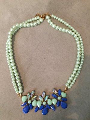 türkis-blaue Perlenkette