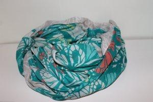 Türkis - weißes Tuch