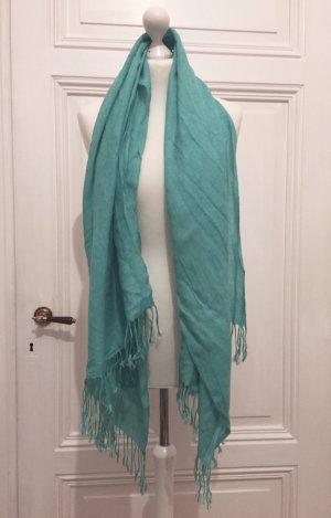 Türkises leichter Schal  mit Fransen