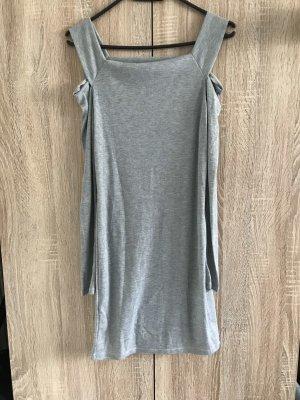 Vestido tipo túnica gris claro