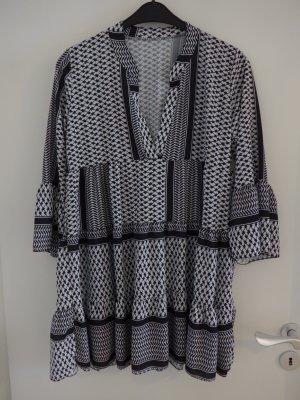 Vestido tipo túnica negro-blanco tejido mezclado