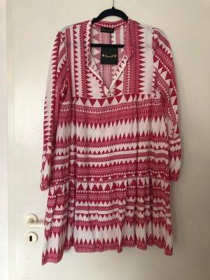 Shirtwaist dress magenta-white