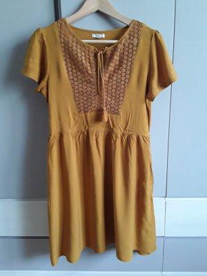 Vestido tipo túnica marrón arena