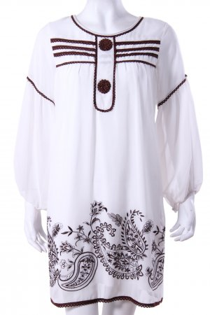 Tunic dress with embroidery