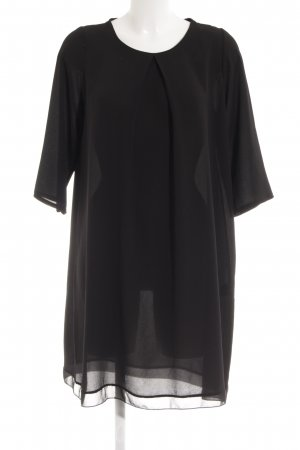 Vestido tipo túnica negro look casual