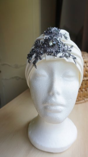 Headdress white-anthracite