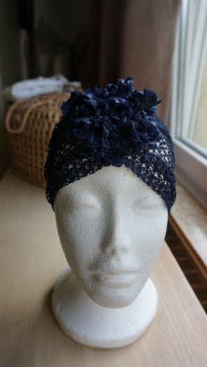 Headdress dark blue