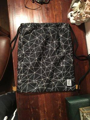 Turnbeutel sportbeutel Beutel Tasche Sport schwarz weiß Muster geometrisch Leder