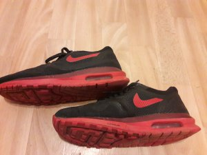 Nike Lace Shoes black-brick red