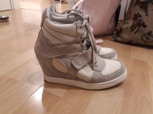 limited a by a.s.h Heel Sneakers cream
