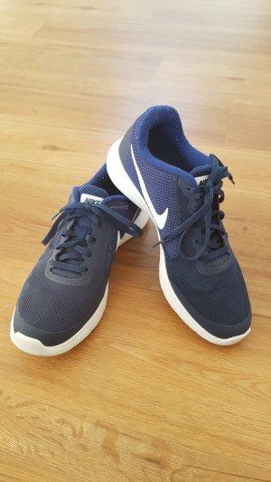 Turnschuhe Nike